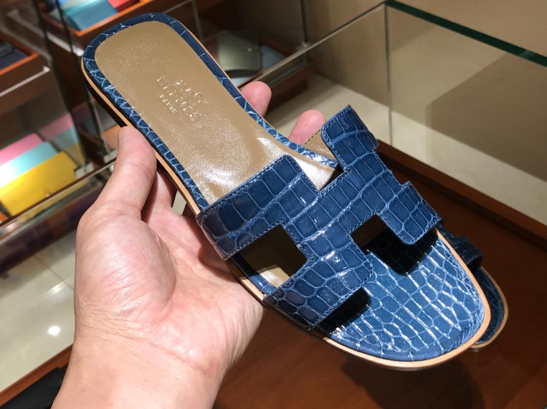 Hermes 鳄鱼皮拖鞋 Crocodile leather  意大利树羔皮底 普鲁士蓝