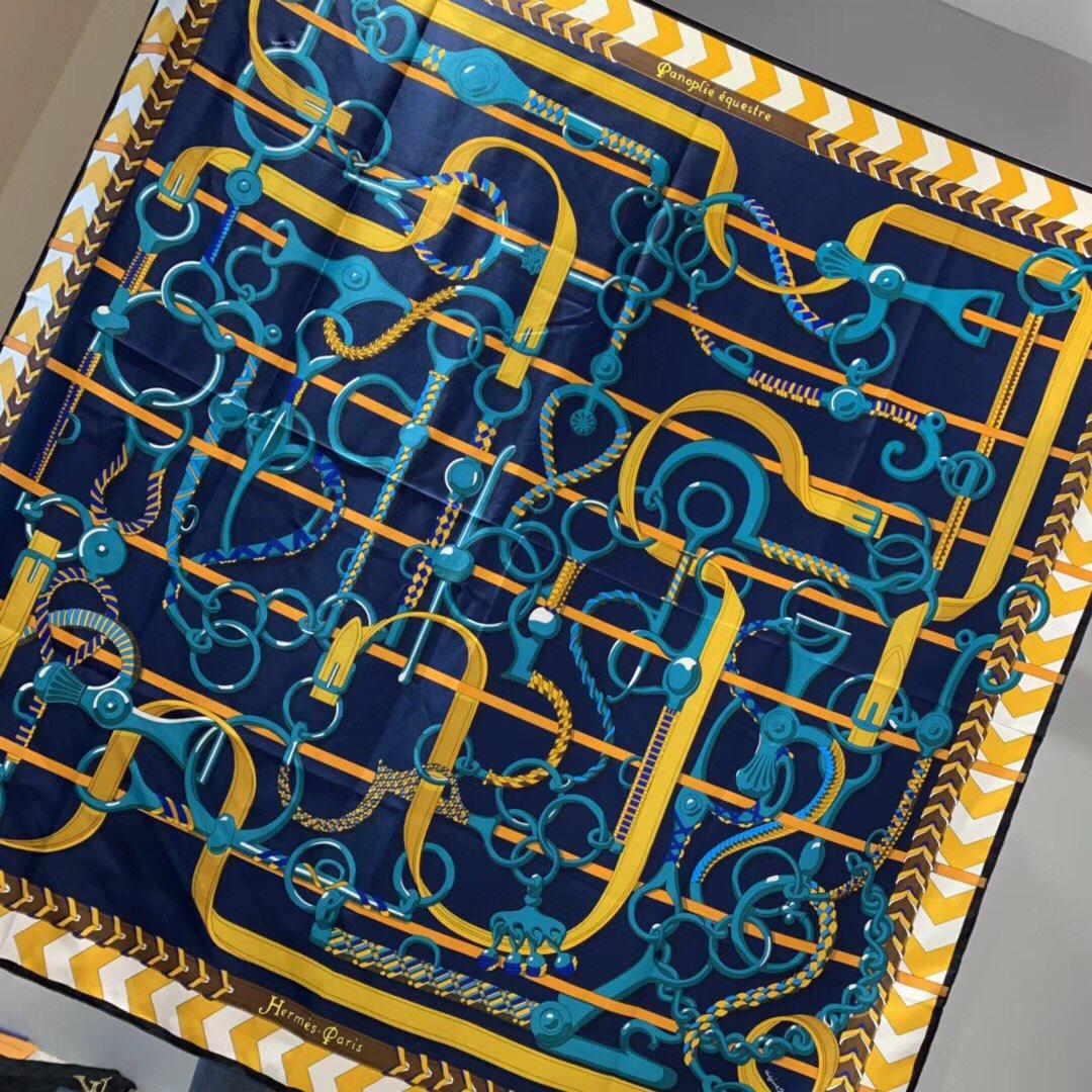 Hermer《全副马具》 140*140cm 100%斜纹真丝 藏蓝色
