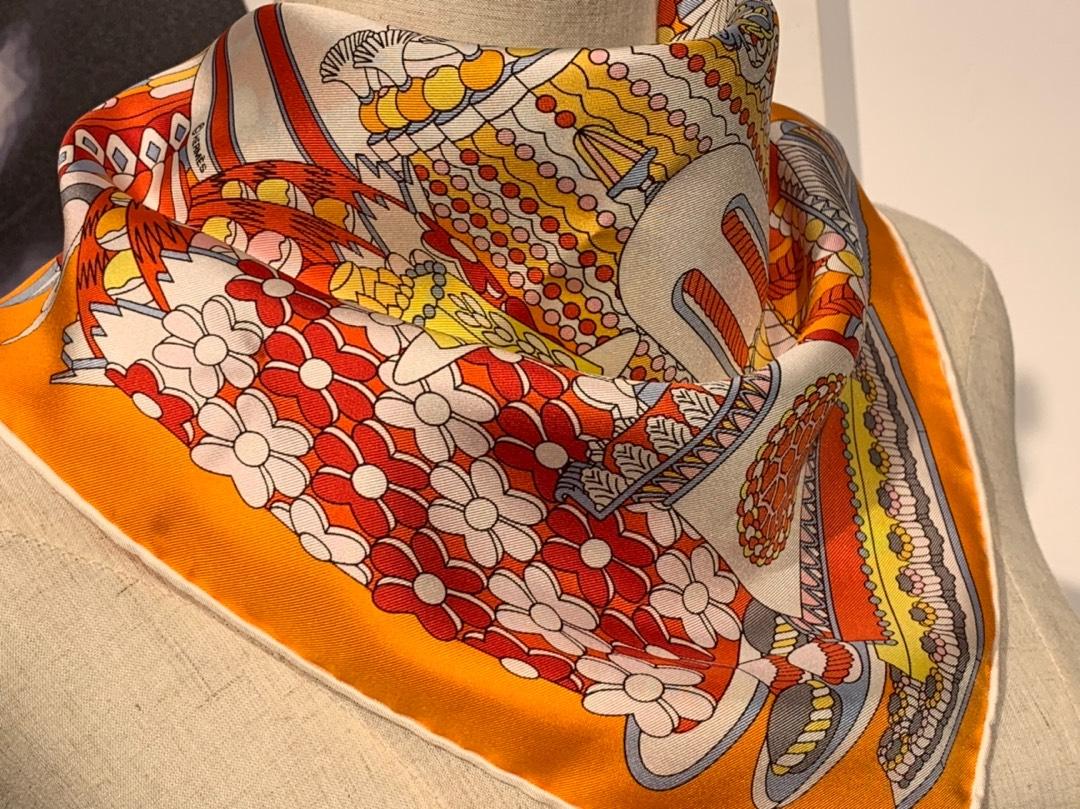 HMS 2020新款真丝方巾 《法式甜点》Sweet 橘色 90.90cm 100%斜纹真丝