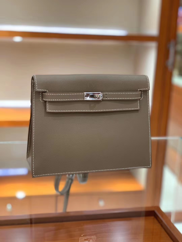 爱马仕专柜新款 Kellydanse 6种背法,肩背 斜挎 后背包,手提 腰包 手包 现货
