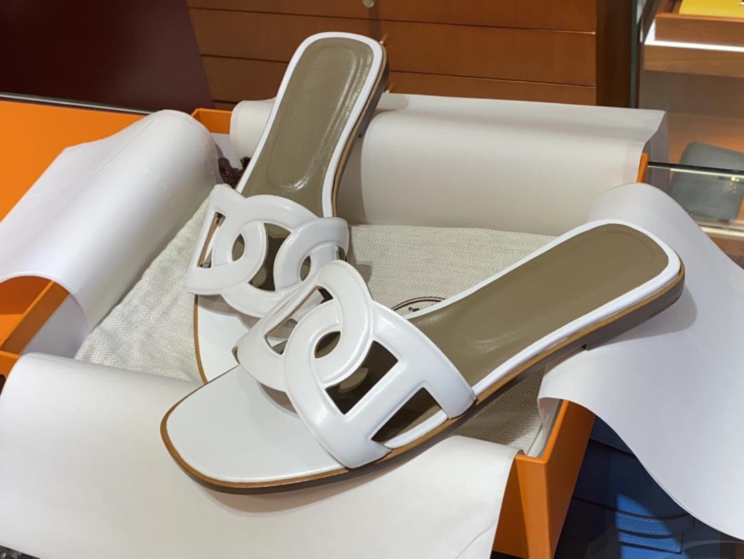 HMS环扣猪鼻子拖鞋高端订制独家品质全手工羊皮定制  平跟34~41(专柜只有平跟哈) 白色