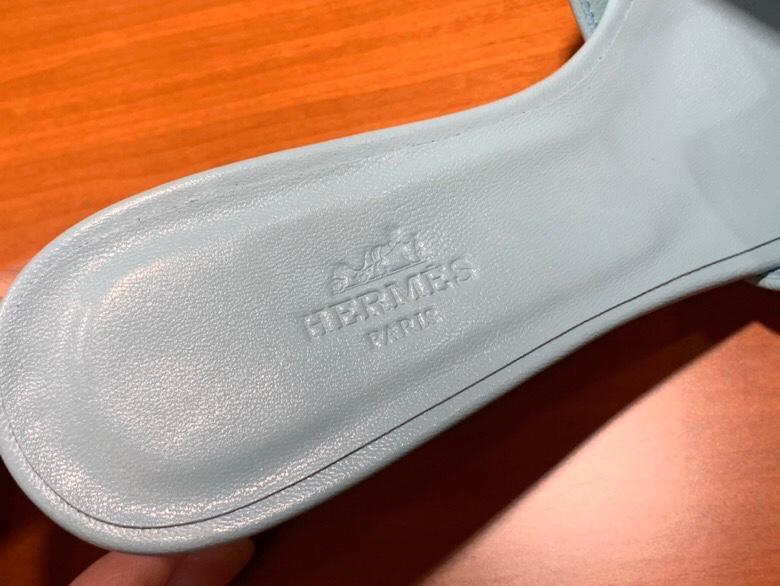 HMS 2020新款拖鞋 纯手工缝制 码数:平跟:35~41 中跟:35~41 正码 颜色夏天搭配裙子穿好好看