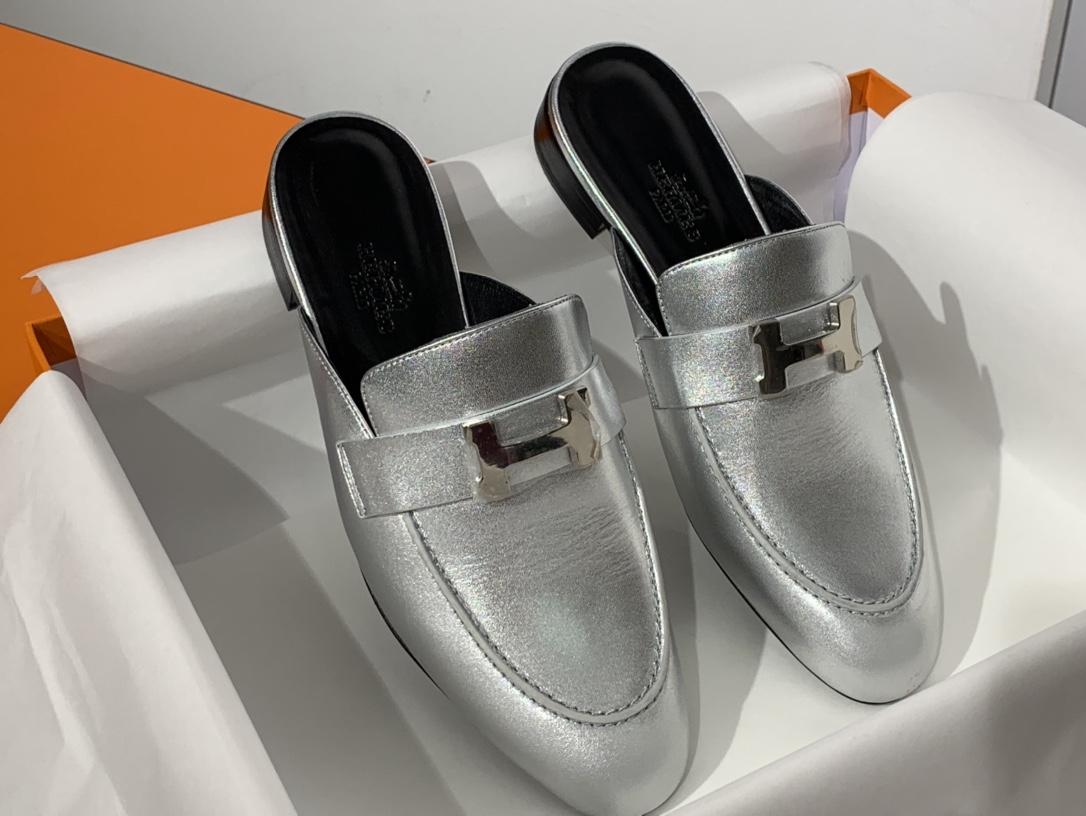 Hermes爱马仕 新款 穆勒鞋 半拖  银色 正码 可接受预定