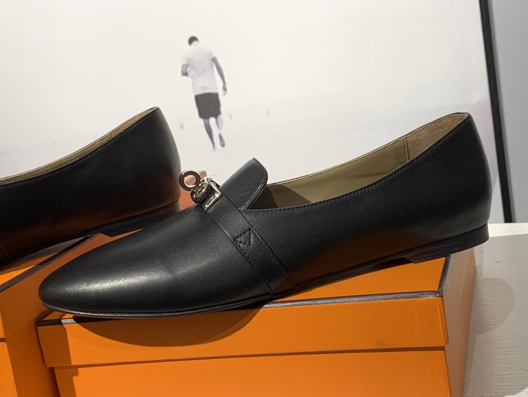 爱马仕 凯莉单鞋 纯手工制作 牛皮 35~41码 正码 码数不调换哈 黑色