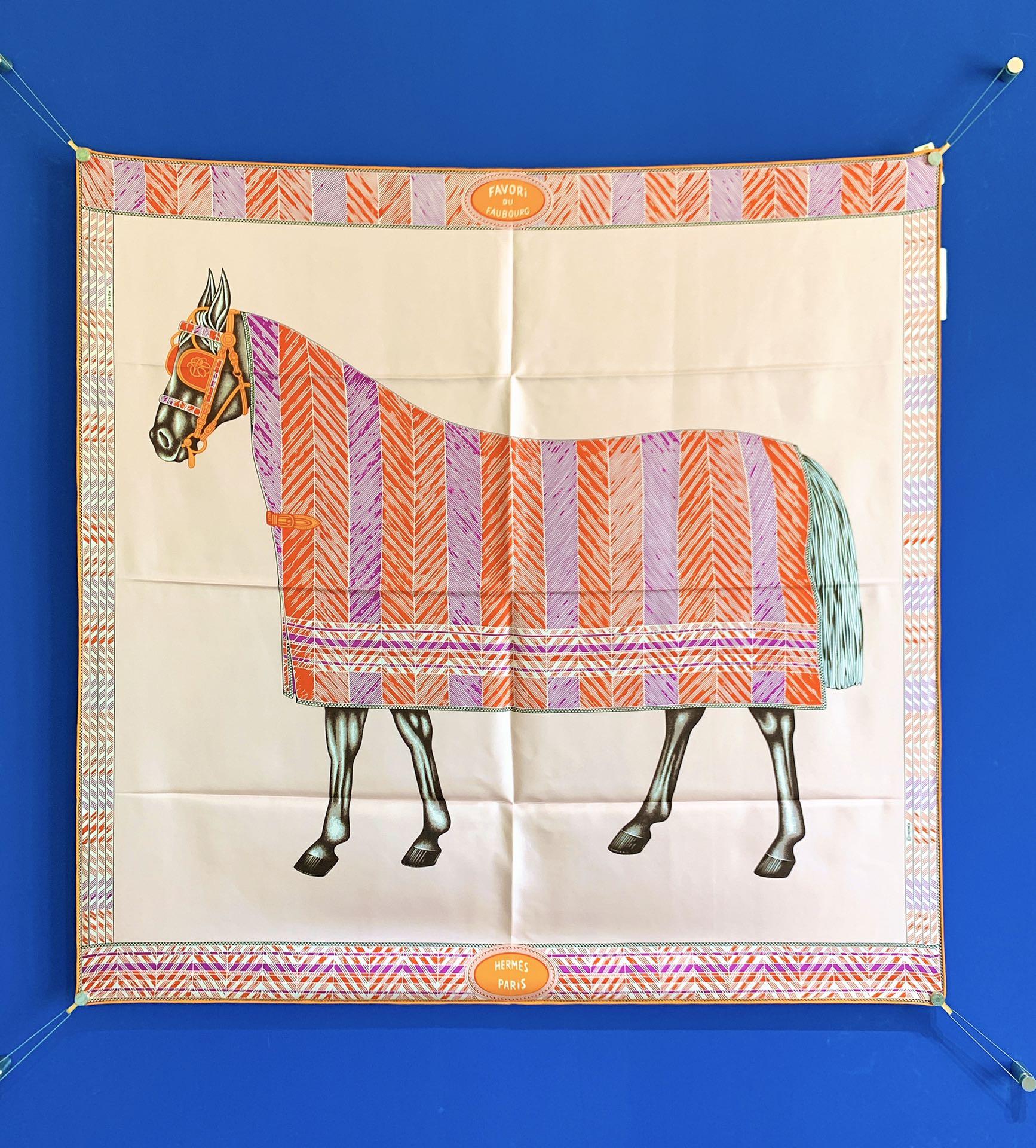 Hermes 新季度《骏马披挂》蚕丝方巾 《粉色》 20年新版骏马图案丝巾