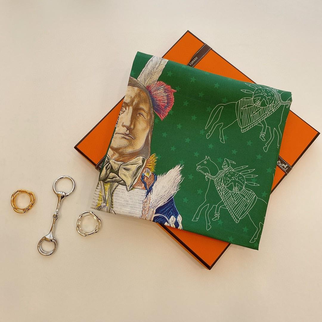 爱马仕Hermes双面围巾《 波尼族酉长 》90*90cm 100^%真丝 绿色配藏青色