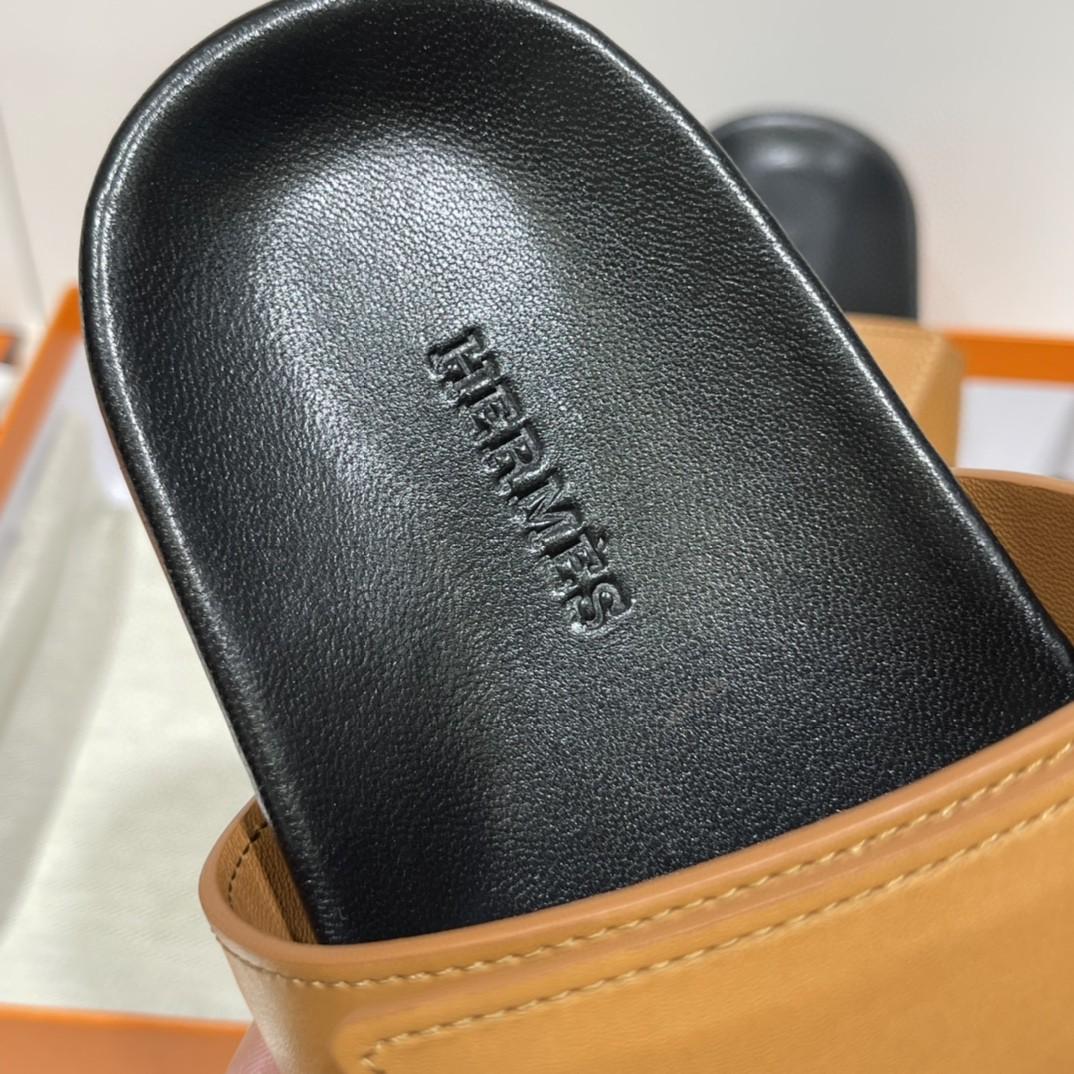爱马仕 Chypre 二舅鞋!出乎意料的好看 丑萌丑萌哒 专柜最新款 魔术贴凉鞋 永恒经典爆款