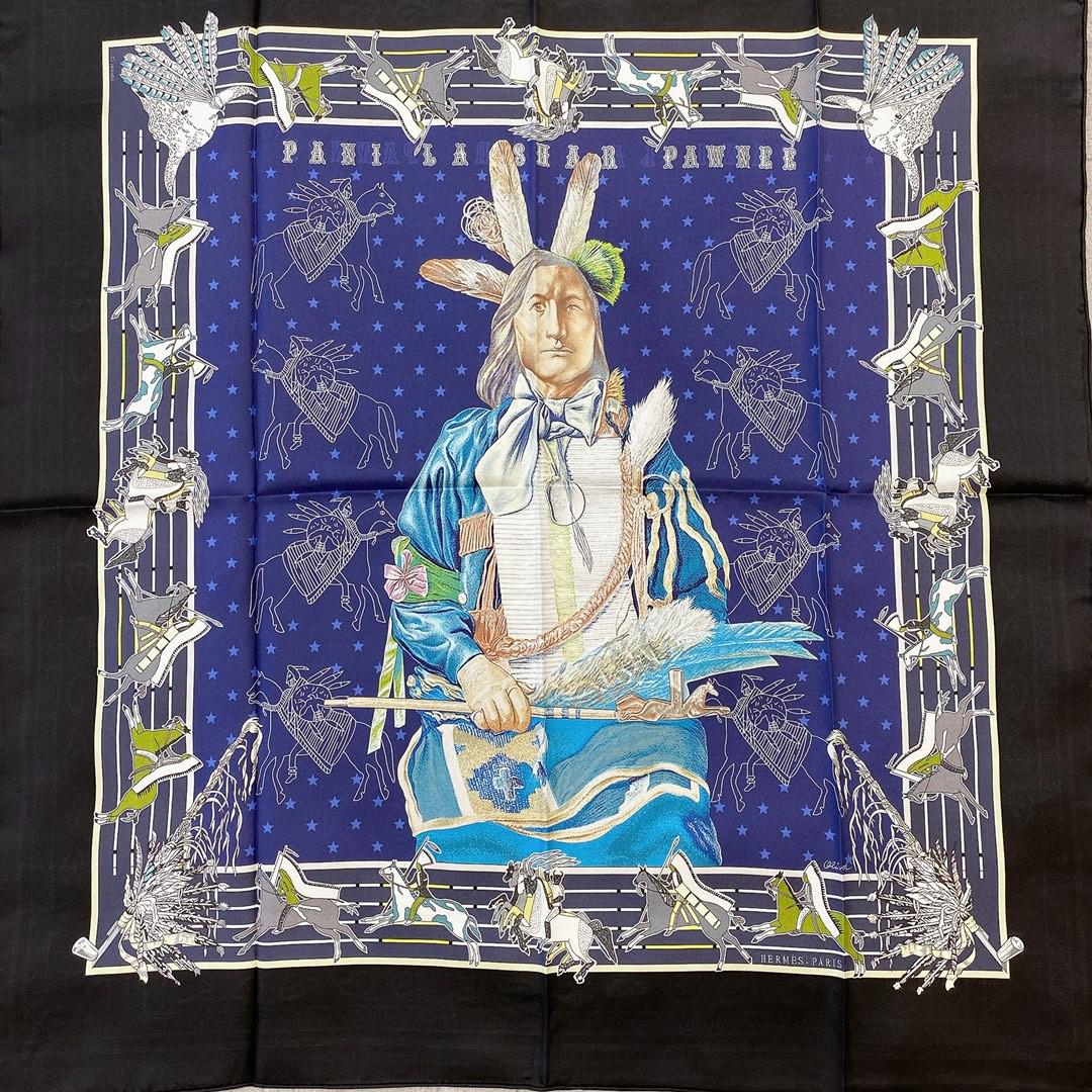爱马仕Hermes双面围巾《 波尼族酉长 》 90*90cm 100^%真丝 黑色配紫蓝色