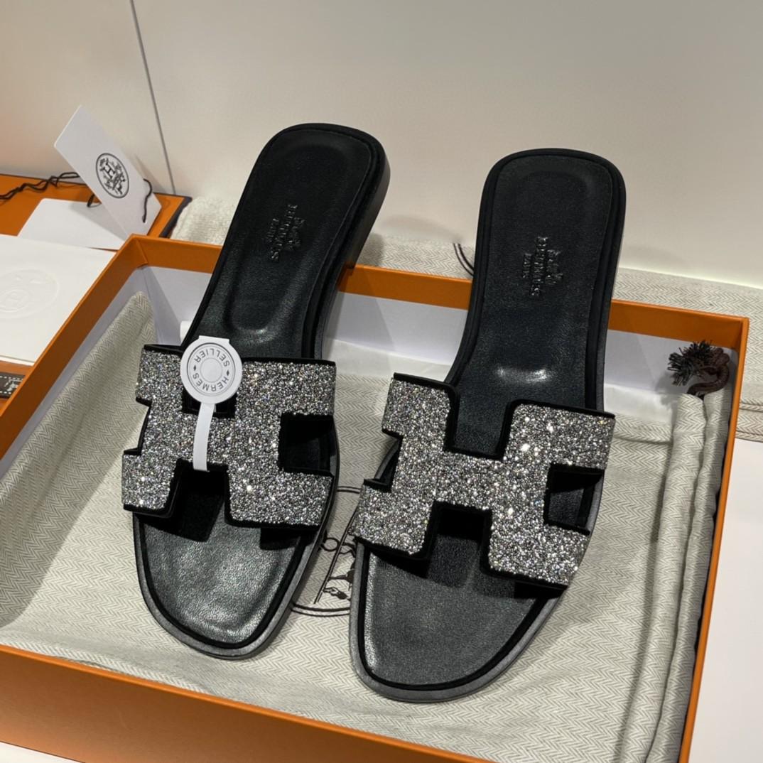 HERMES 水钻款拖鞋 手工定制 专柜8000 黑色银钻 1:1品质 35-41(偏小一码) 12天出货
