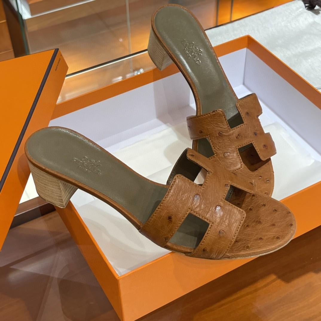 HERMES 客户订做的鸵鸟皮拖鞋出货啦  接受预定哟 实拍图片 近距离感受一下手工及皮料  35-41码 货期十天