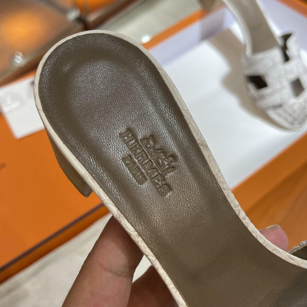 HERMES 客订的鳄鱼皮拖鞋 手工定制 喜马拉雅 高级的的颜色 35-41码(建议定大一码哟)