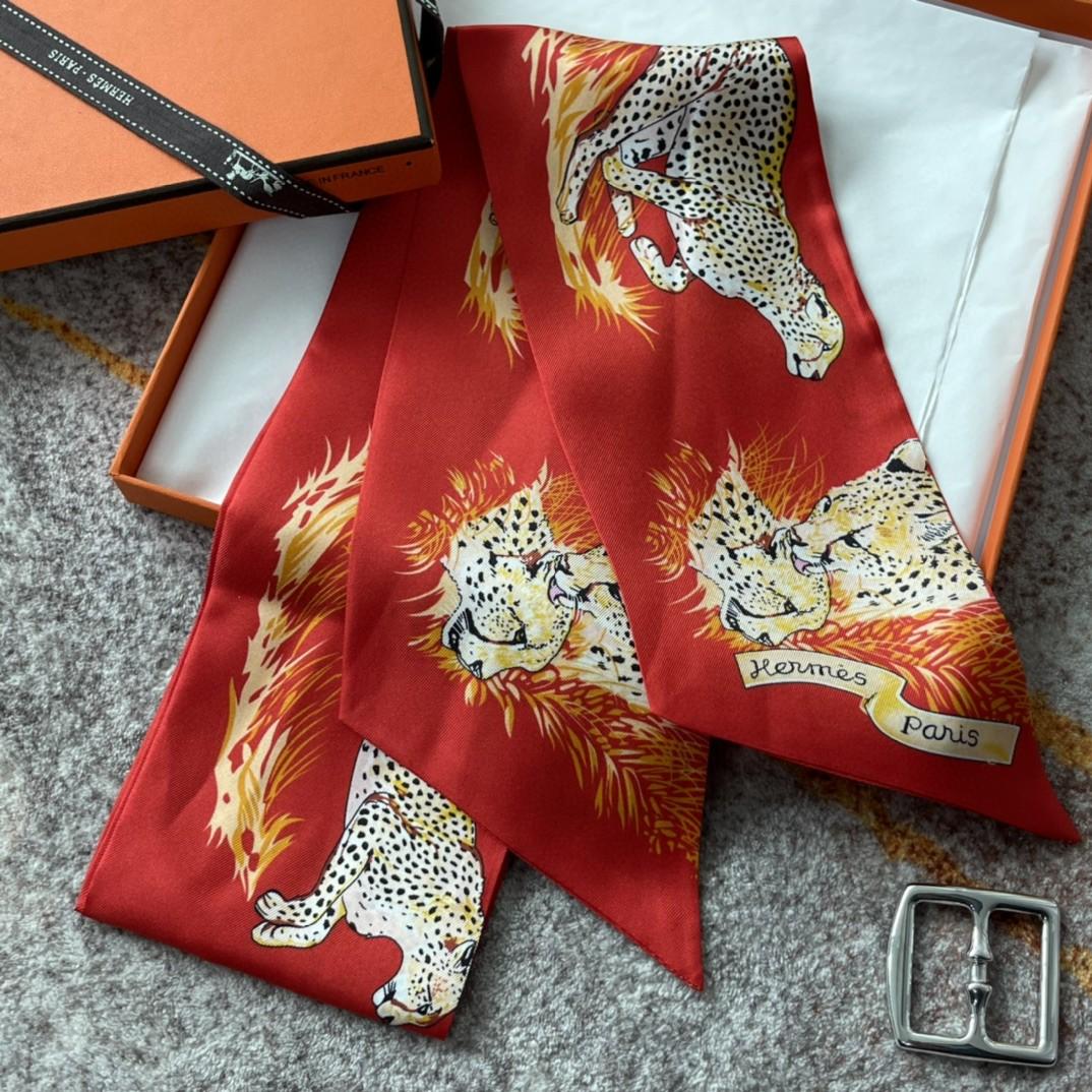 HERMES 21夏季新款Maxi Twilly《猎豹》红色 ~100%真丝10*180cm 可作为头巾、腰带佩戴或系绕颈间