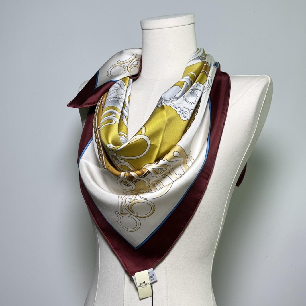 HERMES 新品《名人电梯》真丝方巾奶油色 90*90cm 100%真丝 手工包边