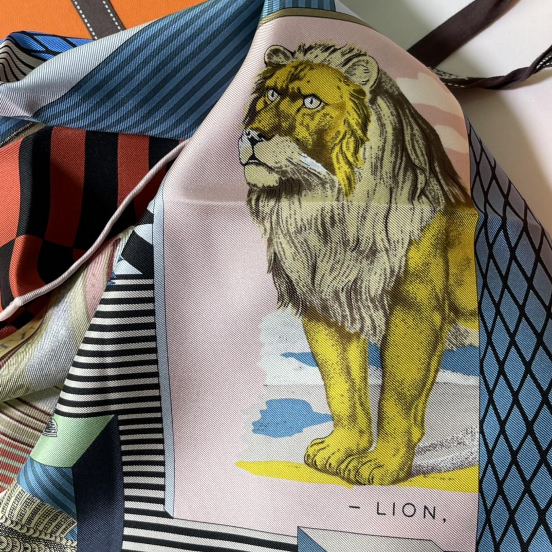HERMES 新品️《新型大剧院》 手工卷边斜纹真丝方巾 100%桑蚕丝 90 x 90厘米